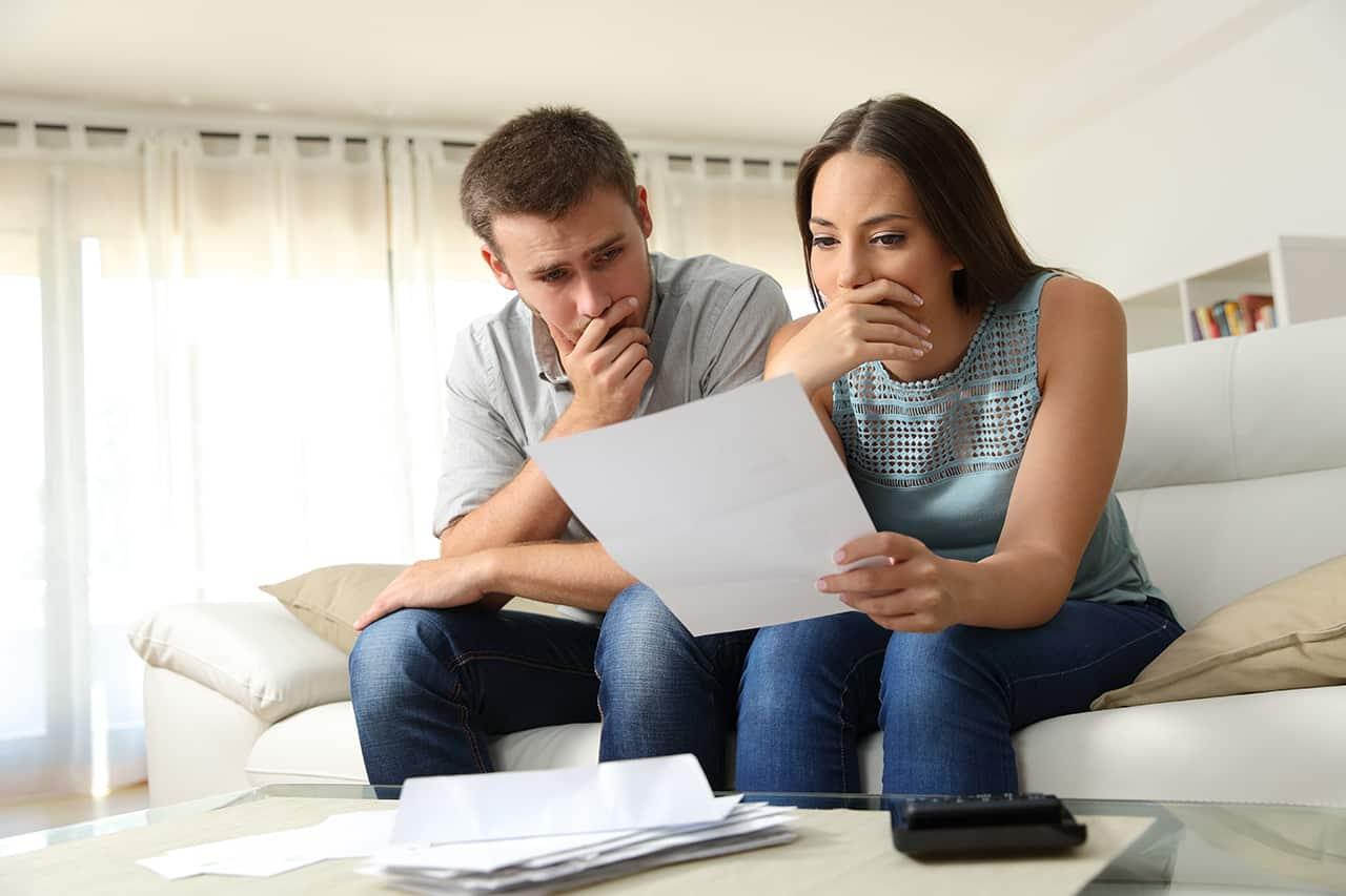 Locataires pacsés ou mariés : à qui doit-on adresser le congé ?